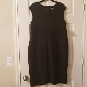 Kasper ribbed black dress size 16 brand new